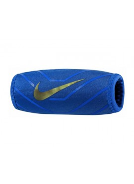 Nike DRI-FIT Chin Shield 3.0