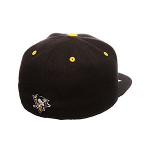 Czapka Zephyr NHL Menace Fitted