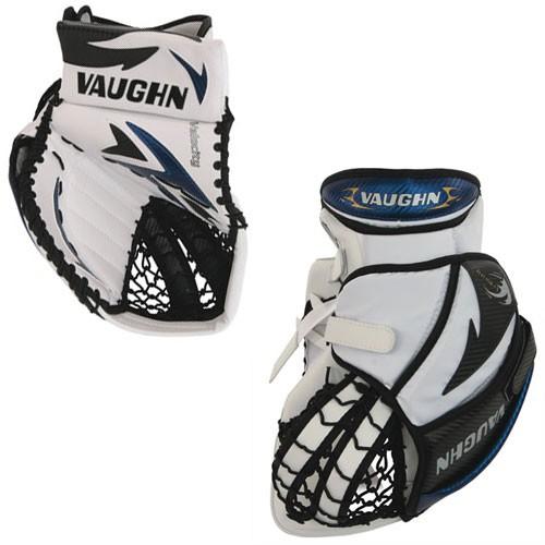 Rebel Sport Keeper Gloves: Vaughn Velocity V4 7250 Int./Jr. Goalie Glove