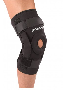 Mueller Deluxe Pro Level Hinged Knee Brace
